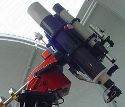 Refraktoren in Baader Planetarium Kuppel in Wangeooge