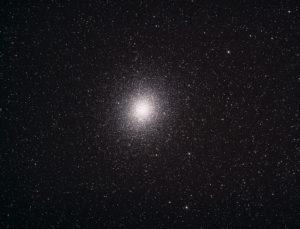 Omega Centauri, Addition von 10 Einzelbildern bei 500 ASA, je 30 Sekunden belichtet