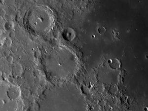 Krater Alphonus
