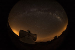 teneriffa-domes_widefield-milkyway