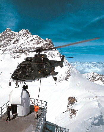 Transport von Sternwartenkuppel Schweiz