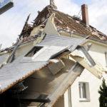 tornado_haus_stoppt_dach