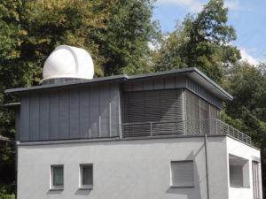 Baader Sternwarten Kuppel Referenzkuppel auf Hausdach