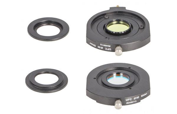 """Baader UFC 1,25"""" Filtereinsatz Der Aux-Filterhalter für gefasste 1,25""""-Filter (links) und der D50,4mm Filterschieber mit eingesetztem Aux-Halter."""