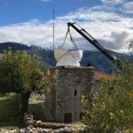 Moderne trifft Antike: 3,5M AllSky-Kuppel in einem griechischen Bergdorf